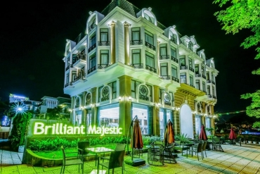Brilliant Majestic Hotel